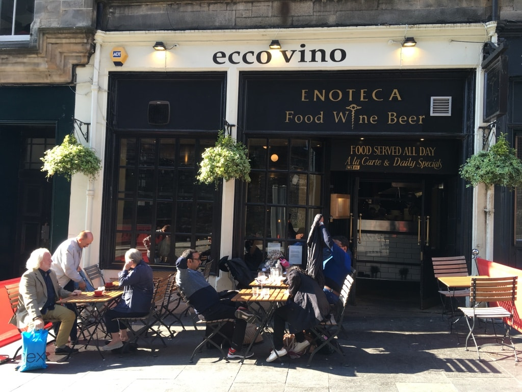 Ecco Vino seafood and wine bar on Cockburn Street is a cosy place.